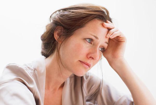 Phụ nữ lớn tuổi mang thai có nguy cơ cao bị tụ dịch màng nuôi