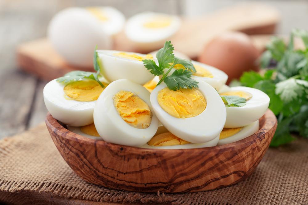 Trứng là thực phẩm giàu choline mẹ bầu có thể ăn nhẹ 3-4 quả/tuần